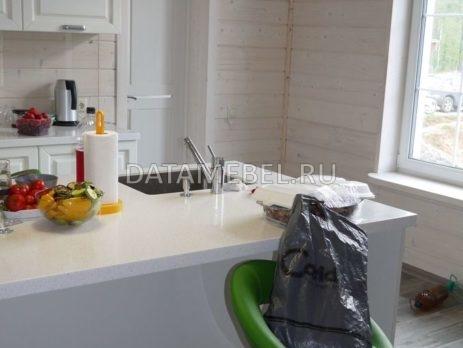 белая кухня с островом 2