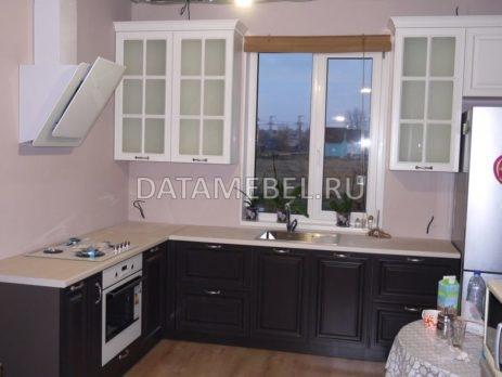 бело-коричневая кухня 1