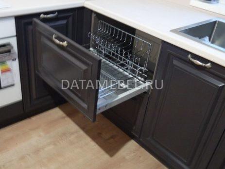 бело-коричневая кухня 4