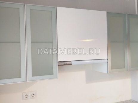 бело синяя кухня 6