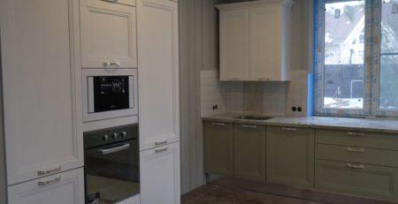 бело зеленая кухня Манчестер 1