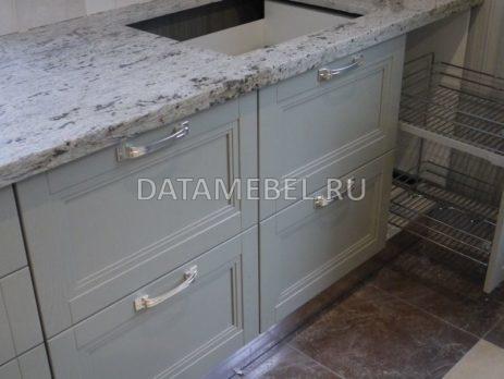 бело зеленая кухня Манчестер 4