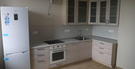 угловая матовая кухня 1