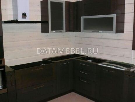 кухня с фасадами Эльба 23