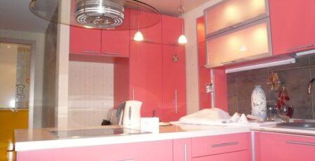 угловая красная кухня 1