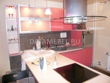 угловая красная кухня 15